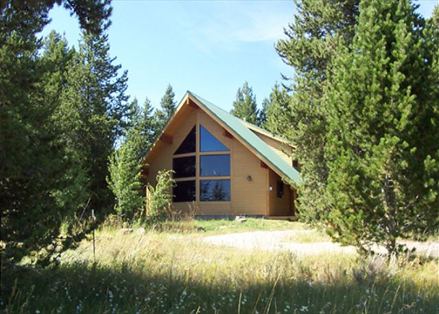 Standing Pine Lodge sits on 10 acres of private ground.