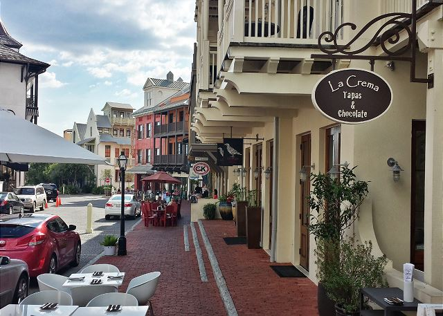 Walk to Rosemary Beach Restaurants!