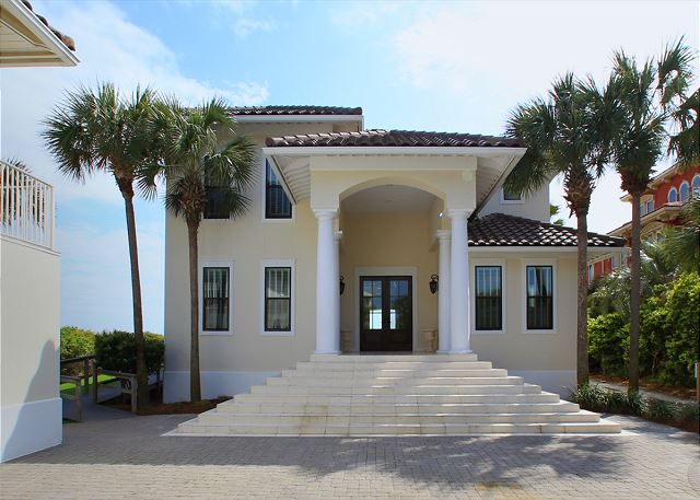 Gulf Front Luxury Home and Carriage House
