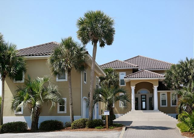 Royal Flush Guest House~Dune Allen Beach, FL