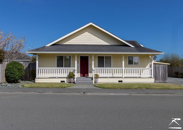 Villa Retreat - Minutes from Downtown Arcata