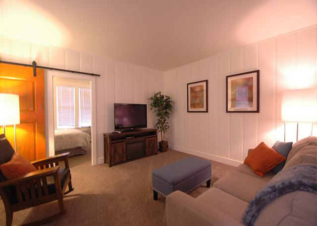 Cherry Cottage - 1 bedroom corporate rental - North Coast Furnished Rentals