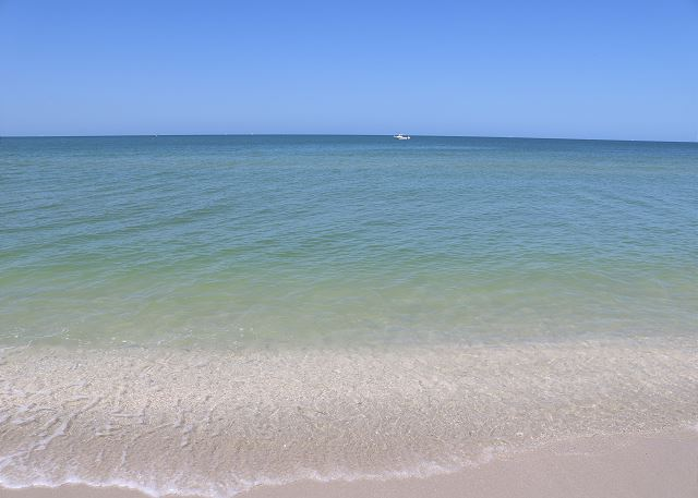6th Floor Beach Condo Overlooking Gulf of Mexico - Fully Renovated!