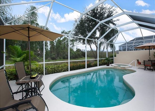 Luxurious & Modern Vacation Home in Bonita Springs - Heated Pool/Spa!