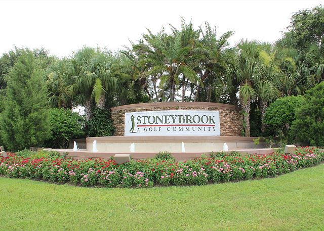 Stoneybrook - Second Floor Condo overlooking the Green