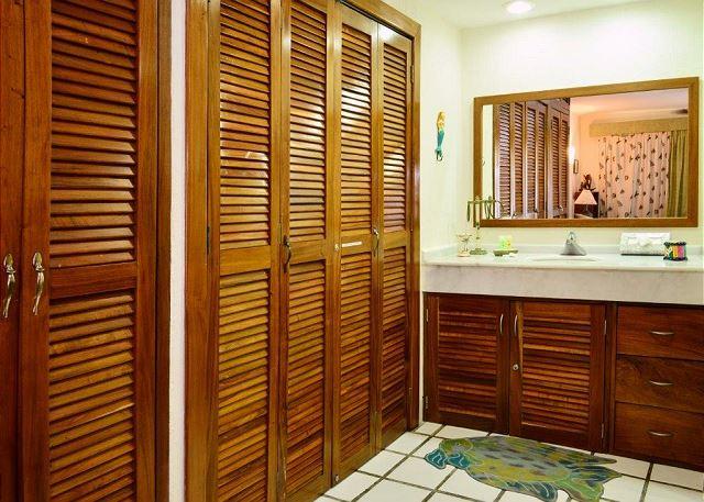 Xaman Ha 7106 Playa Del Carmen Master Bathroom