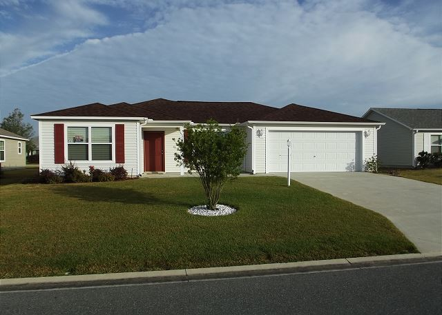 THE VILLAGE OF SANIBEL STILL AVAILABLE FOR THE MONTH OF JANUARY