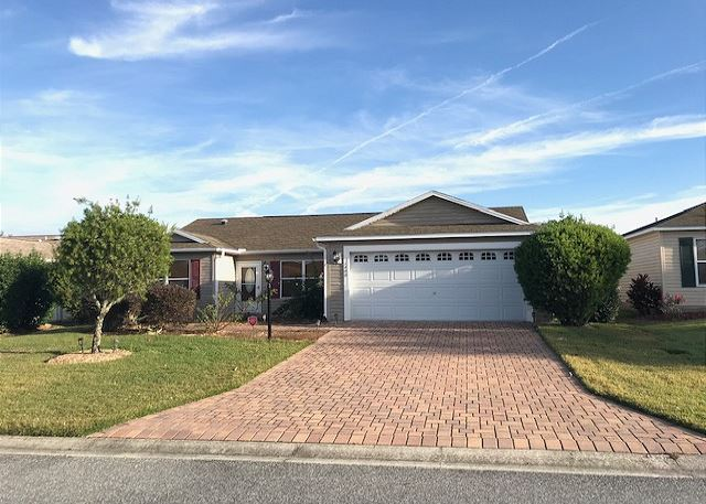 GOLF CART THREE BEDROOM RANCH  HOME 1 HR FROM ORLANDO IN THE VILLAGES FL