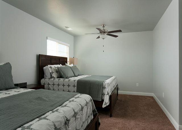2 Queens bedroom 1
