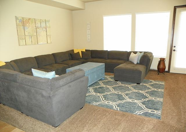 Living room with seating for 8-10/TV/Patio access