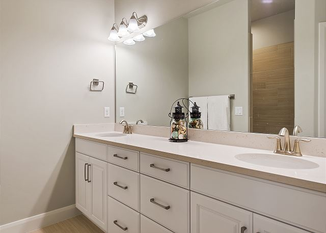 Master Bathroom - double sinks