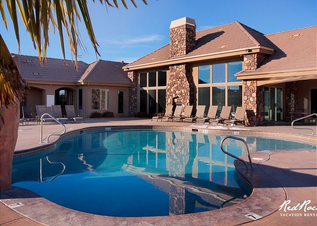 Coral Ridge Pool Area