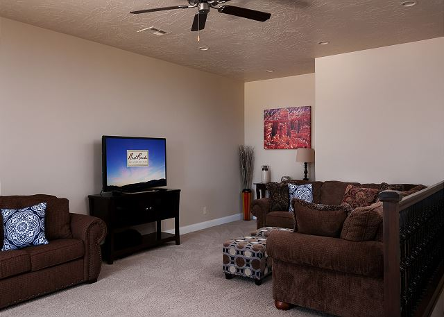 Family Room upstairs - Flat screen