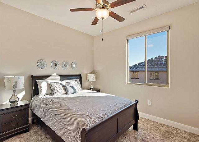 Master Bedroom 3 - Queen Upstairs