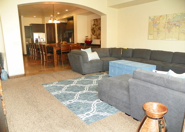 Living room with seating for 8-10/TV
