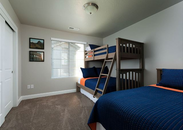 Bunk Bedroom  - twin over full, twin bed and additional twin mat