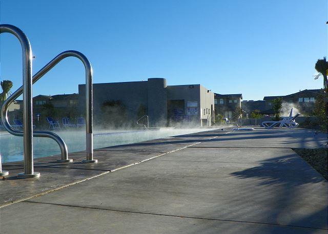 Hot tub-pool steaming