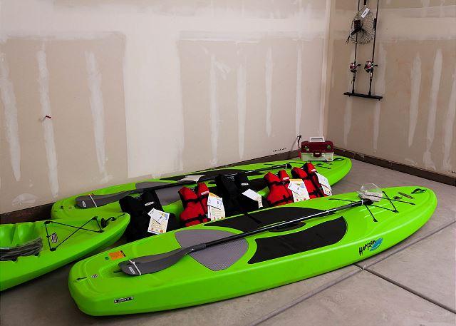 3 Kayaks and 2 fishing poles