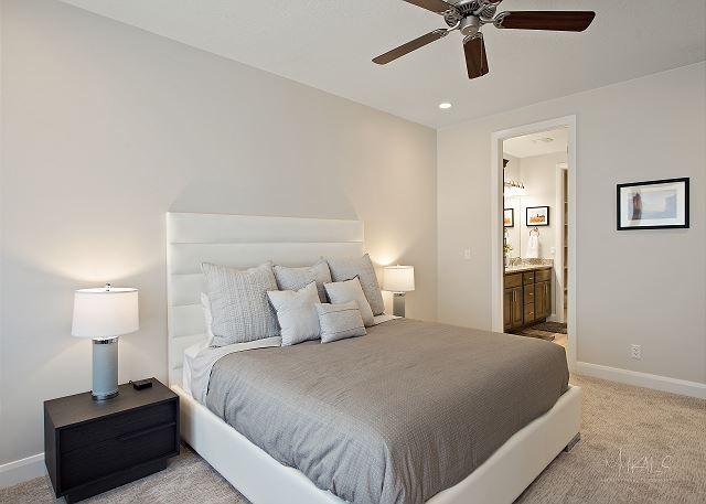 Master bedroom - California King