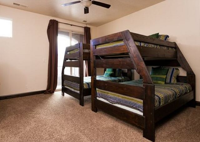 4th bedroom - 2 bunks (twins over full)