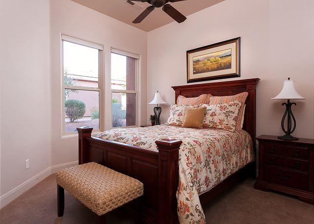 Queen bed bedroom on main level