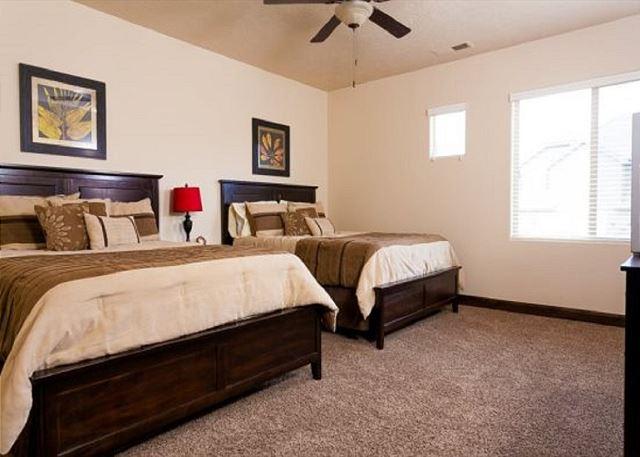 3rd bedroom - 2 queens