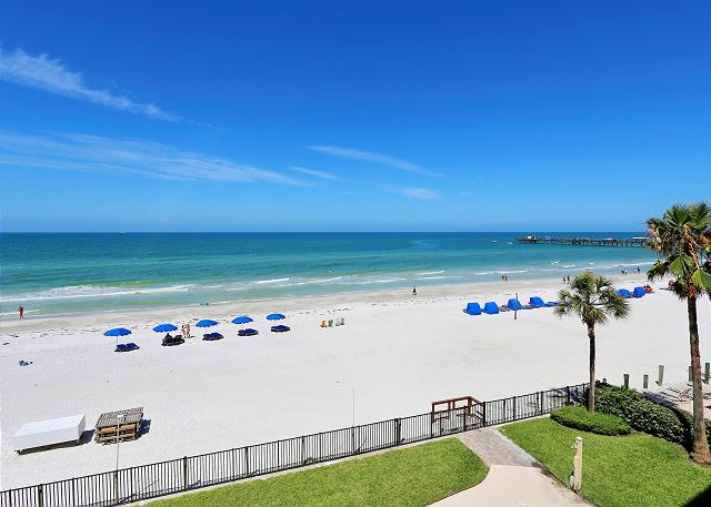Emerald Isle #302 - AMAZING Sunset Views/Huge Balcony/Great location!