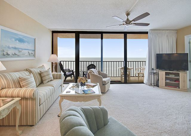 Trillium 4B Gulf Front Condo with Private Balcony/Amazing Beach Views/Pool!