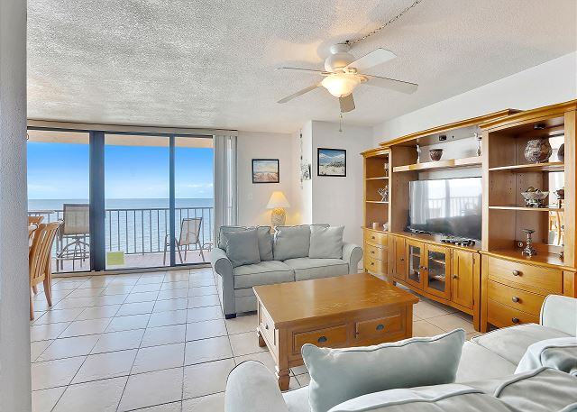 Trillium 5A Gulf Front Condo with Private Balcony/Beach Views/Pool!