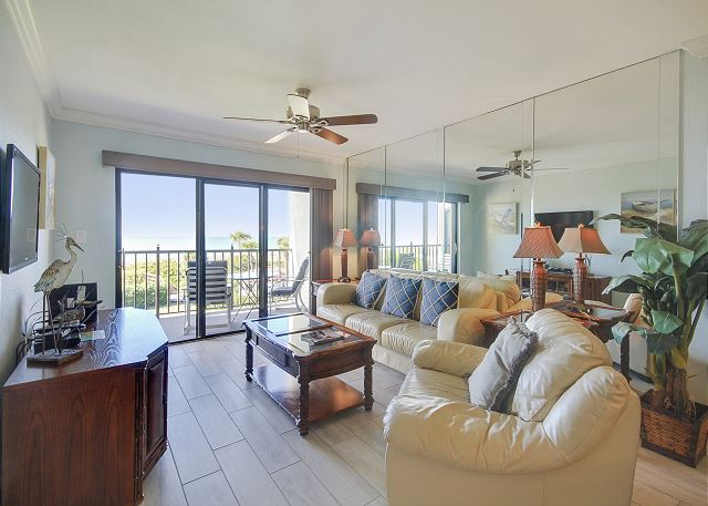 Land's End #305 building 7 - Beachfront w/Private Balcony / Gated Community!