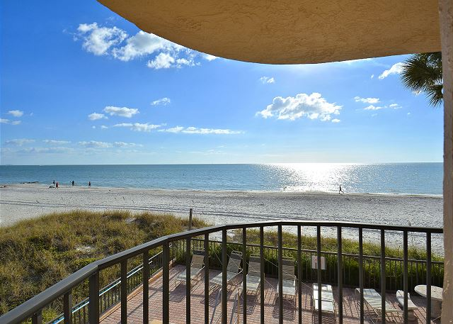 Trillium #1A - Beach Front Condo with private balcony!