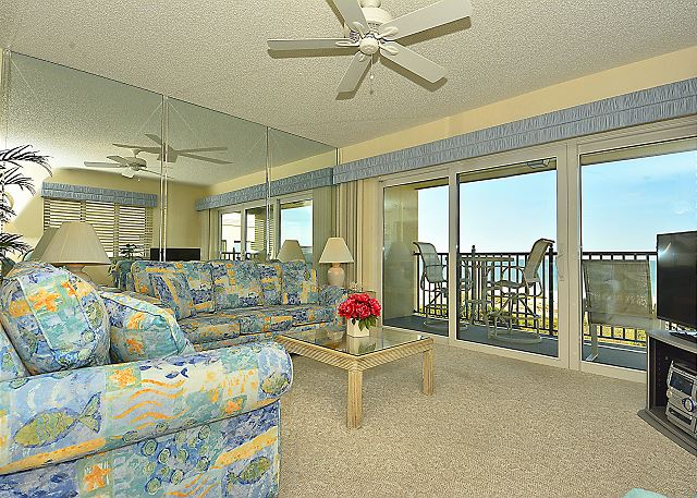 Land's End #406 building 7 - Top Floor Views / Gated Community / Beachfront
