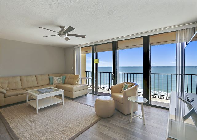 Trillium 4C Beach Front Condo with Private Balcony/Gorgeous Updates/Pool!