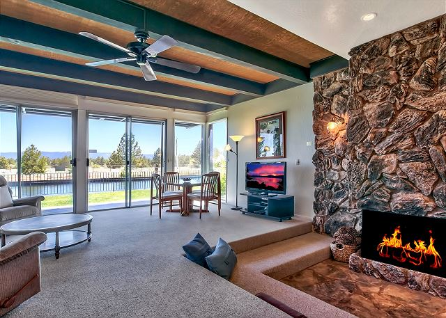 Relax in the open living area with incredible views of the waterways outside of the 3 bedroom, 2.5 bathroom home