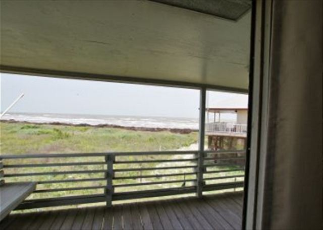 Rendezvous at this five bedroom Pirates Beach home only steps to the sand. - Galveston, Texas