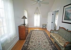 Second floor King bedroom sitting area
