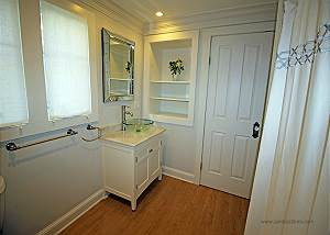 First floor bathroom with laundry
