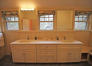 2nd Floor Shared Bathroom with Double Vanity