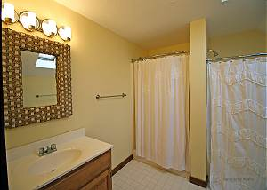 King bedroom bathroom