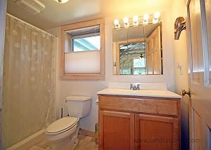 First floor King bedroom bath