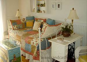 Guest house Trundle bed
