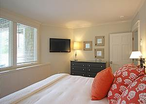 Another view of first floor Queen bedroom