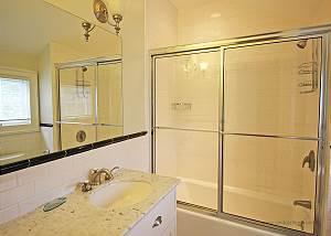 King bedroom bath