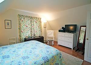 Another view of second floor Full bedroom