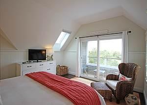 Another view of third floor King bedroom