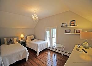Second floor TwinFull bedroom