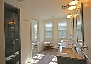 2nd Floor Master Bathroom