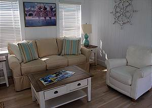 Guest House Livingroom