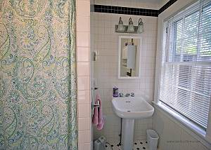 First floor King bedroom bathroom