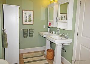 Another picture of first floor master bath